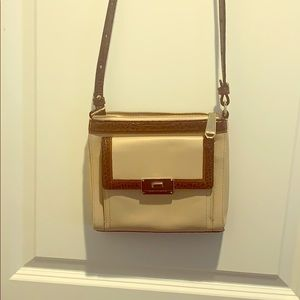 Brahmin tan crossbody bag. Only used once.